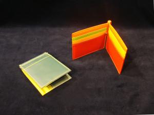 モテオヤジはカードも収納できるマネークリップで決まりですね!(スタッフ経免のオススメ小物)